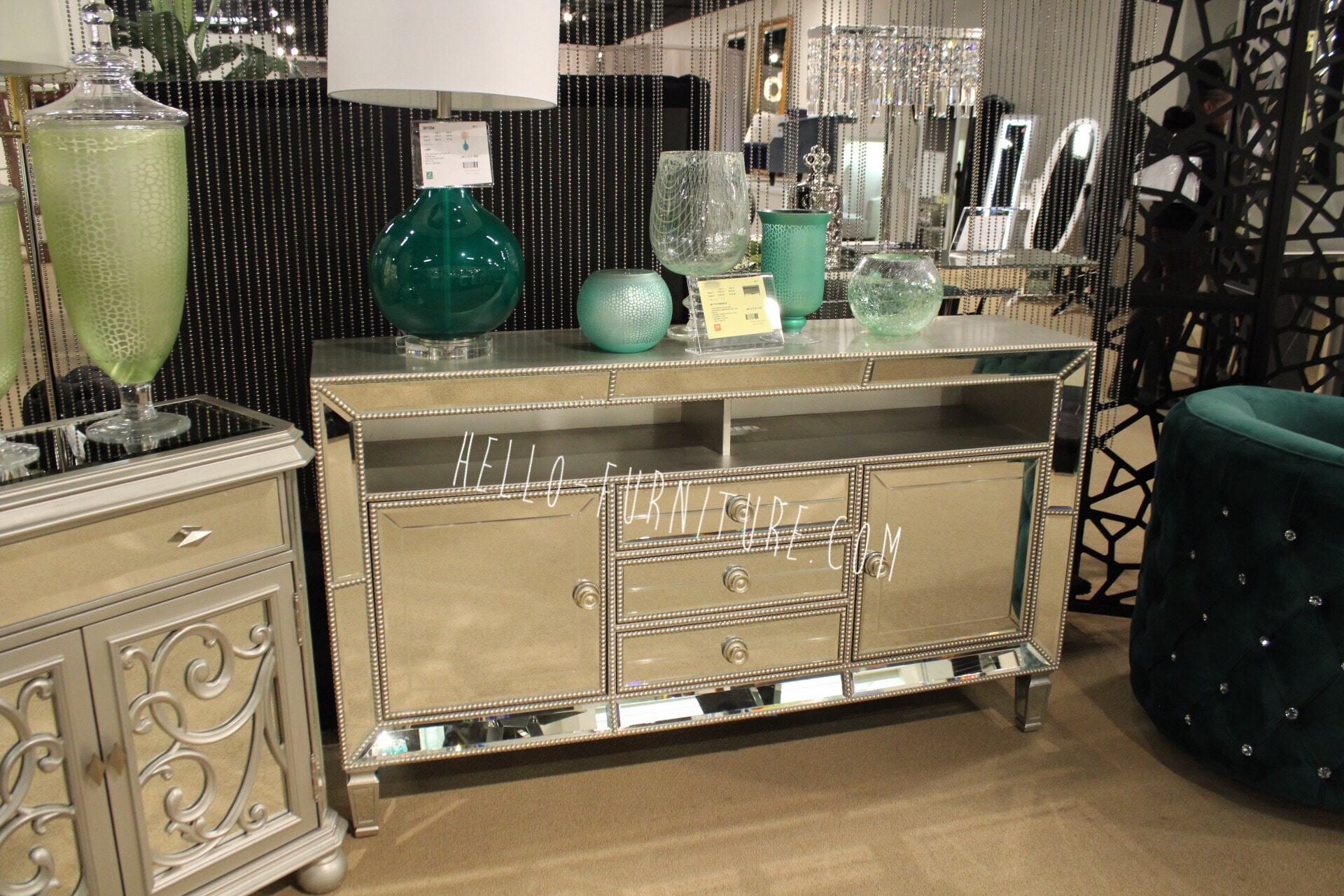 Madeline 60 Quot Mirrored Tv Console